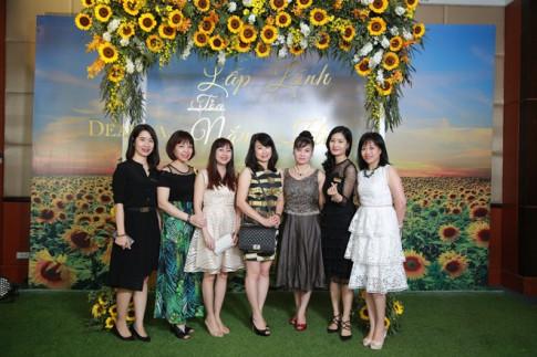 """Tips hay chăm sóc và trang điểm cho làn da """"lấp lánh toả nắng hè"""" từ DeAura Việt Nam"""