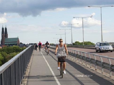 Vì sao giao thông Thụy Điển an toàn nhất thế giới