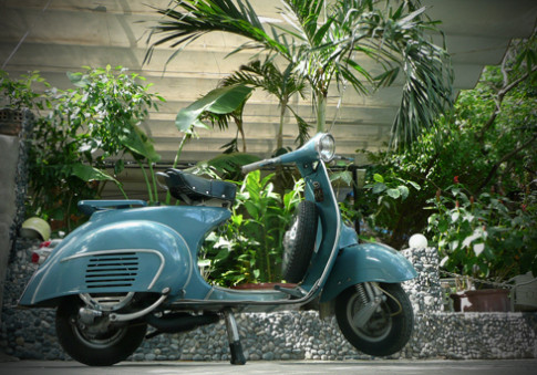 Xe co Vespa 150 VBB 1963 o Cam Ranh