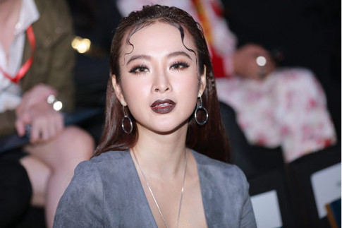 Angela Phuong Trinh hung ho vong 1, khoe vong co 1,65 ty dong