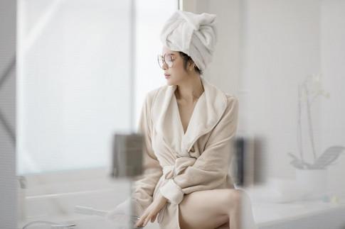 Chi dien ao choang tam ma Ly Nha Ky, Angela Phuong Trinh van dep xuat sac
