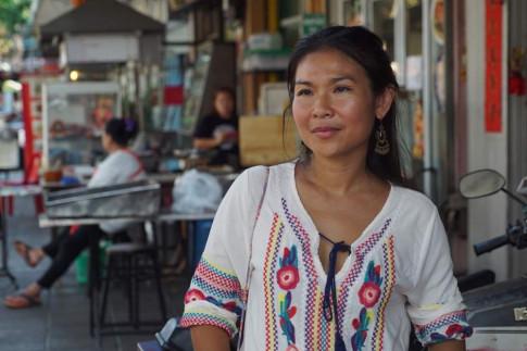 Bangkok dep am thuc duong pho khien nhieu nguoi tiec nuoc
