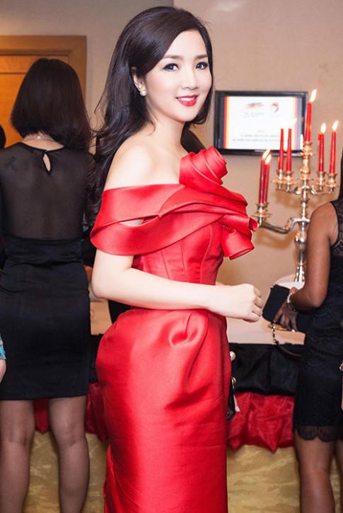 Tuan qua: Diva My Linh, HH Giang My dep phat ghen o tuoi U50