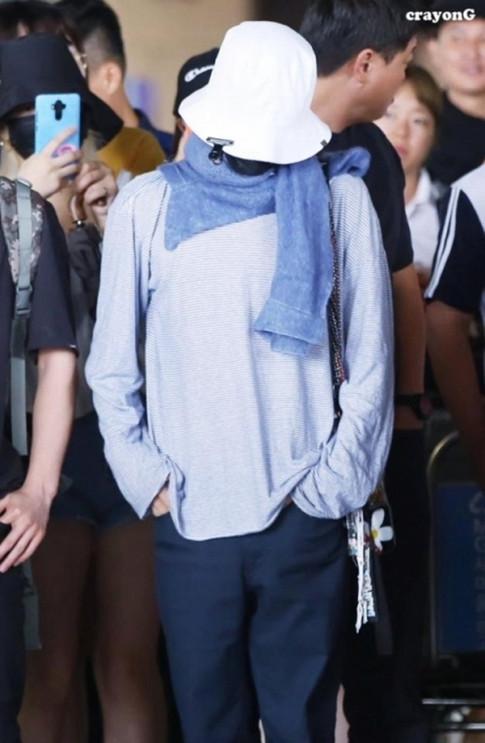 'Bucket Hat' dù bị sao Hàn diện nhẵn mặt nhưng chưa bao giờ hết hot