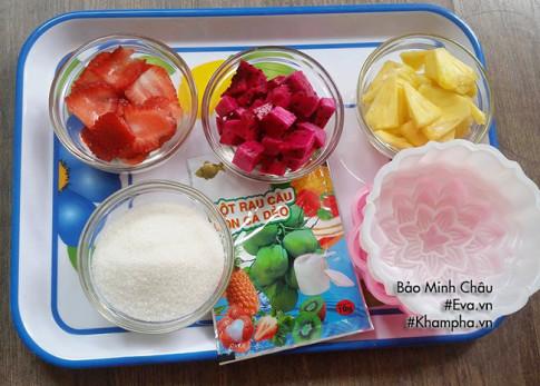 Cách làm bánh trung thu thạch rau câu nhân hoa quả vừa bổ vừa mát