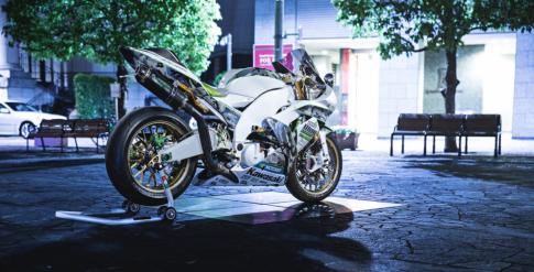 Sport Bike sát nài ZX10R chất chơi của các biker nước ngoài