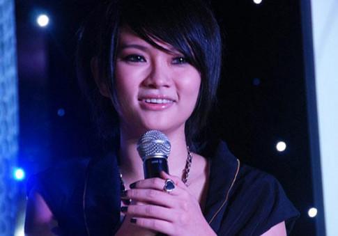 Lo mui sung to bat thuong khi livestream, Thu Thuy van nang nac doi giu im lang