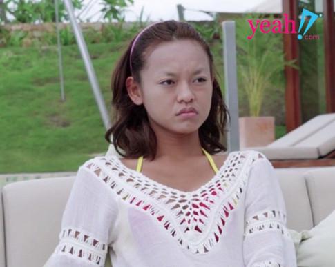"""Het vu long may """"tang hinh"""" lai den to son moi tai met, Mai Ngo dang co tao ra """"de che"""" makeup cho rieng minh?"""