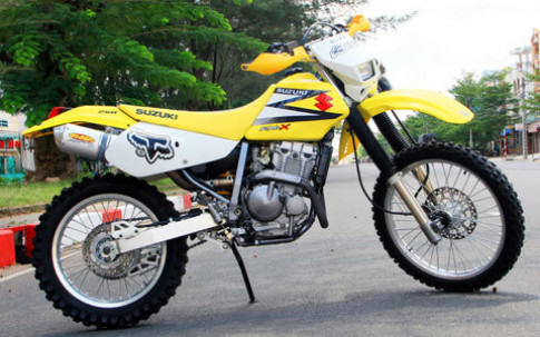 'Boc lua' voi Suzuki RMX 250