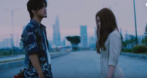"Can canh nhan sac nong bong cua nu sinh 2K trong MV ""gay sot"" HongKong1"