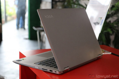 "Laptop Lenovo Yoga 520 gia soc kem qua tang ""ngon"" tai The Gioi Di Dong"