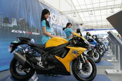 Ngày họi sieu moto Suzuki thu hut gioi tre