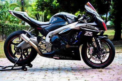 Suzuki GSX-R1000 day an tuong voi phien ban Dark Knight
