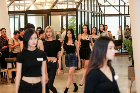 'Thanh do' Cao Ngan, Trang Pham, Huong Ly ru nhau casting show thoi trang cua NTK Chung Thanh Phong