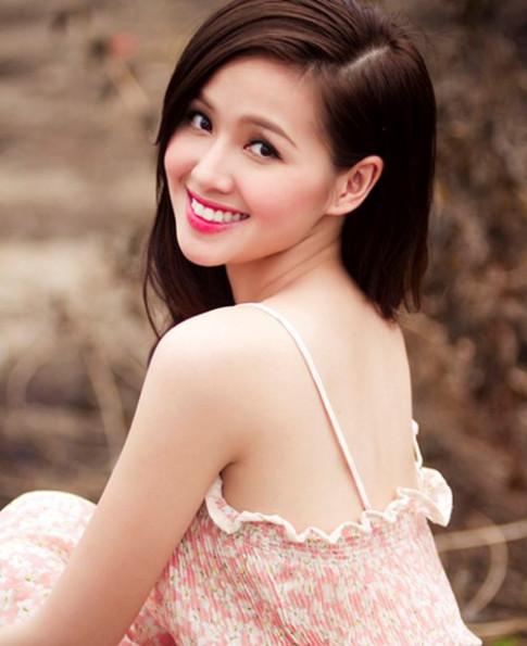 5 cô gái xinh đẹp là bản sao hoàn hảo của Tâm Tít