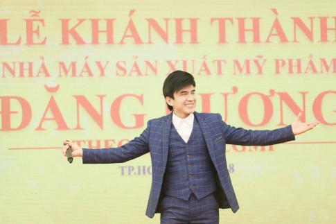 """""""Dai gia"""" my pham Dang Duong chi 15 ti dong to chuc le khanh thanh voi dan ngoi sao"""