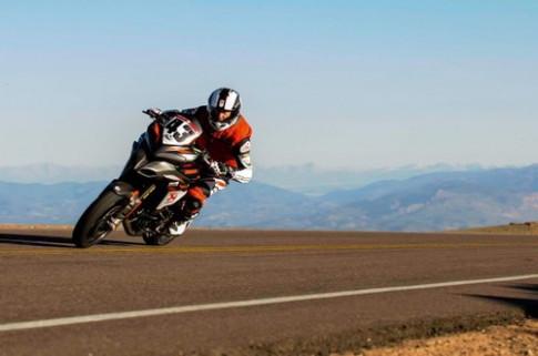Ducati Multistrada 1200 S Pikes Peak 2013 phien ban racebike