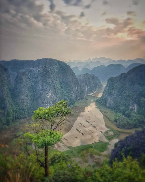 Hang Mua - Dia diem du xuan, nghi duong dep nhat nhi Ninh Binh