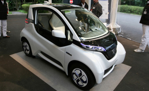Honda sap ra mat xe dien Micro Commuter