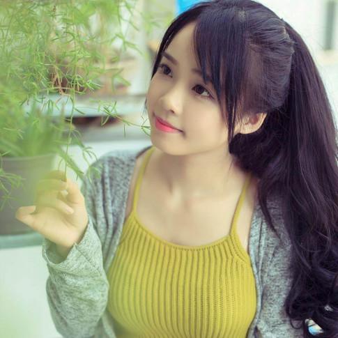 """Luong Ai Vi - hot face Dak Lak so huu ngoai hinh """"an gian tuoi"""""""