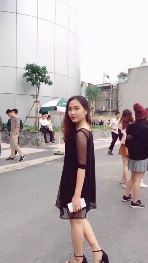 """Nu sinh DH Kinh te bong noi tieng sau bancover """"Song xa anh chang de dang"""""""
