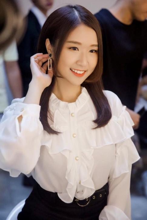 """Shin Jin Ju - hot girl Han Quoc tung """"gay sot"""" khan gia Viet bay gio ra sao?"""