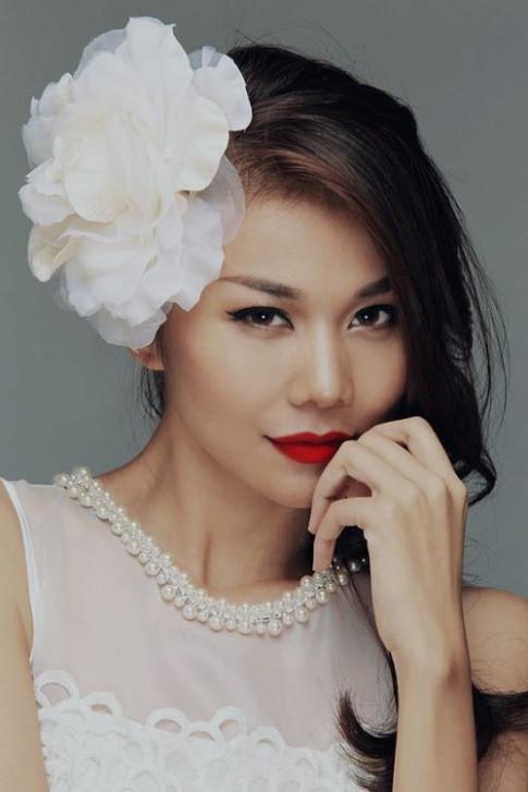 Top 5 sao Việt gợi cảm nhất với son đậm