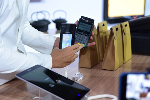 4 dot pha cua cong nghe thanh toan 1 cham Samsung Pay