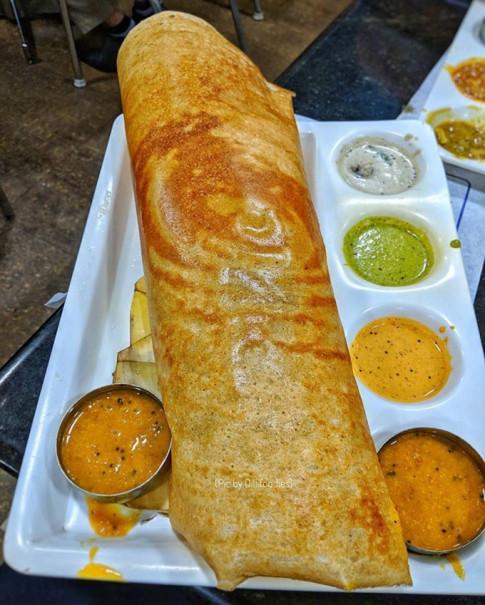 Danh sách những món ăn đường phố thú vị nhất trên thế giới