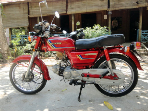 Honda CD80 hang thung bien so Dong Thap