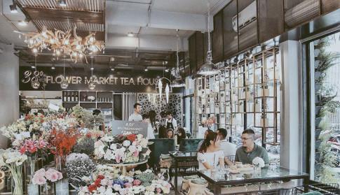 Sài Gòn: Độc đáo quán trà hoa bước ra từ truyện tranh