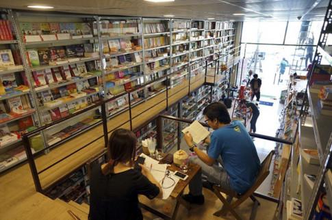 4 quán cà phê sách không gian đẹp ở Hà Nội