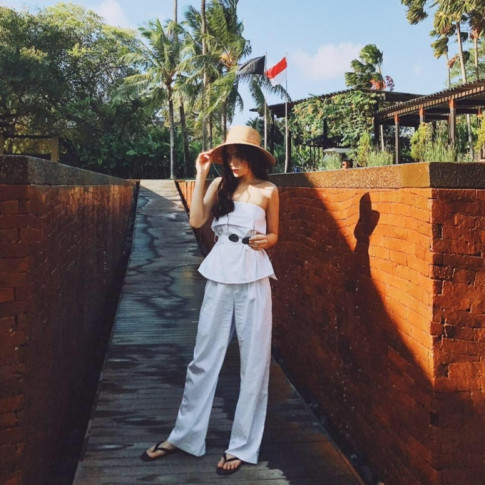 #CELEBICON 5/7: Hoa hau Ky Duyen sang chanh di du lich, Quynh Anh Shyn the hien dang cap fashionista