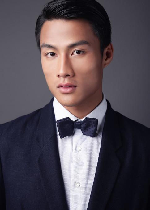 Cong Vinh, Mac Hong Quan va Bui Tien Dung khien fan girl 'do guc' vi dien vest qua xuat sac