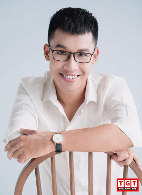 """Hanh trinh tu """"ga mo"""" toi nam vuong noi tieng DH Ngoai thuong cua 9x Nam Dinh"""