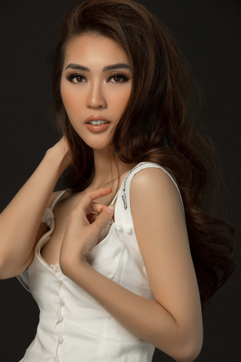 "Tuong Linh dep ""khong goc chet"" trong bo anh day cuon hut"