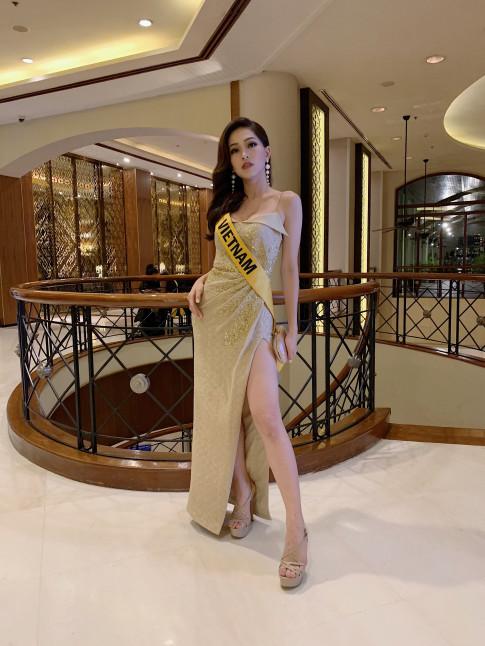A hau Phuong Nga noi bat tu nhan sac, than thai cho den trang phuc tai Miss Grand International 2018