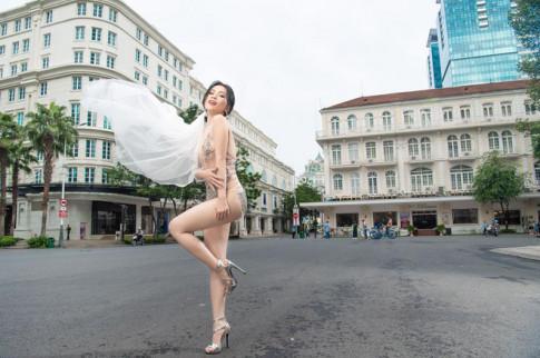 "Anh cuoi sexy giua pho cua Si Thanh bi nem da la ""thieu ton trong ban than"""