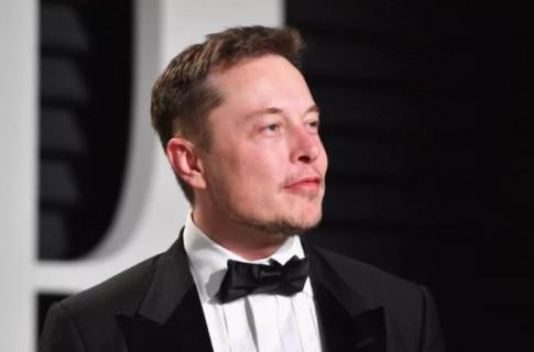 Elon Musk co the se tro thanh nguoi giau nhat the gioi voi hon 200 ti USD