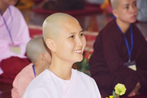 Hoa Hau Viet Nam 2014 - 'Nguoi co mai toc dep nhat' bat ngo di tu