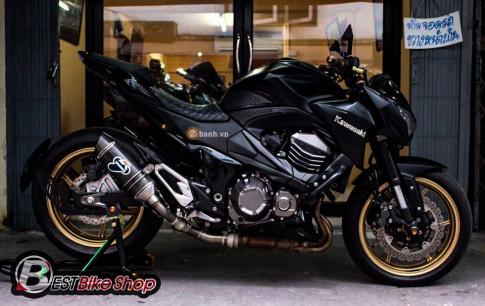 Kawasaki Z800 độ phiên bản màu đen đầy huyền bí và phong cách