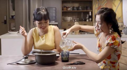 """Cười sảng khi nghe Bích Phương kể chuyện say bia """"vắt váy lên vai"""""""