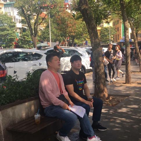 MC quoc dan Kang Ho Dong sang Viet Nam tim HLV Park Hang Seo de ghi hinh show thuc te