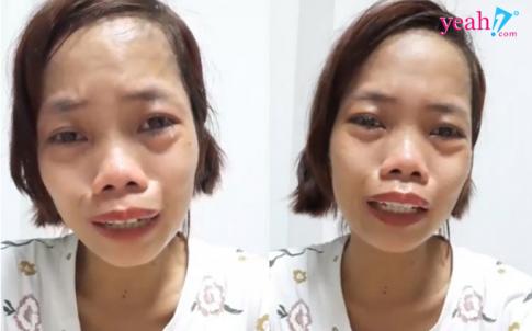 "Me don than ngay nao con khoc loc tren song livestream vi guong mat qua xau gio da ""lot xac"" xinh dep den muc nay"