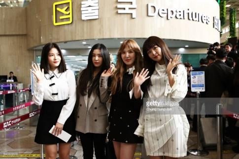 Netizen chi trich Joy tham te vi khong toi Binh Nhuong bieu dien cung Red Velvet