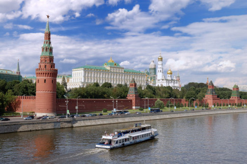 Neu den Nga xem World Cup 2018, ban nho ghe tham 6 dia danh nay!