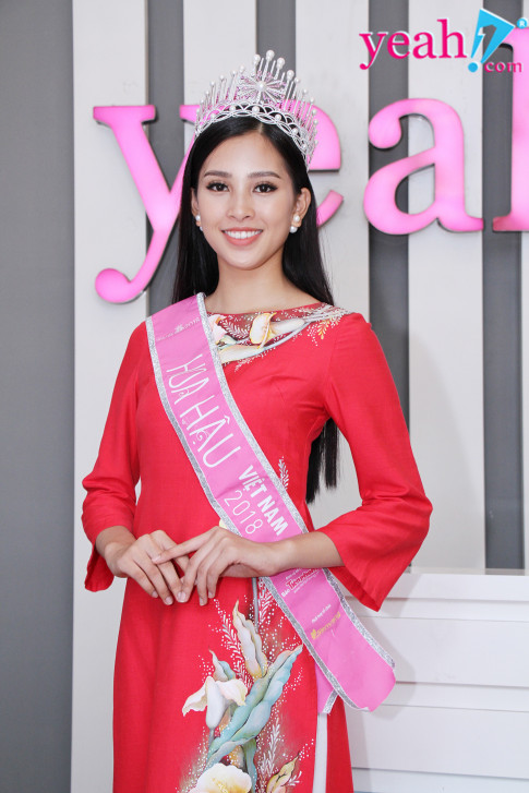"""Tan Hoa hau Viet Nam 2018 - Tran Tieu Vy: """"Phau thuat tham my la dieu binh thuong, xau cho nao thi sua cho do"""""""