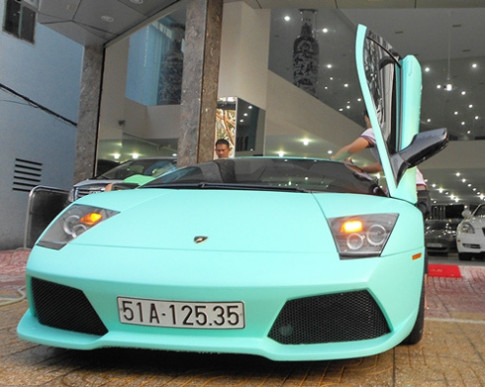 Ao moi cho 'quy du' Lamborghini Murcielago LP640