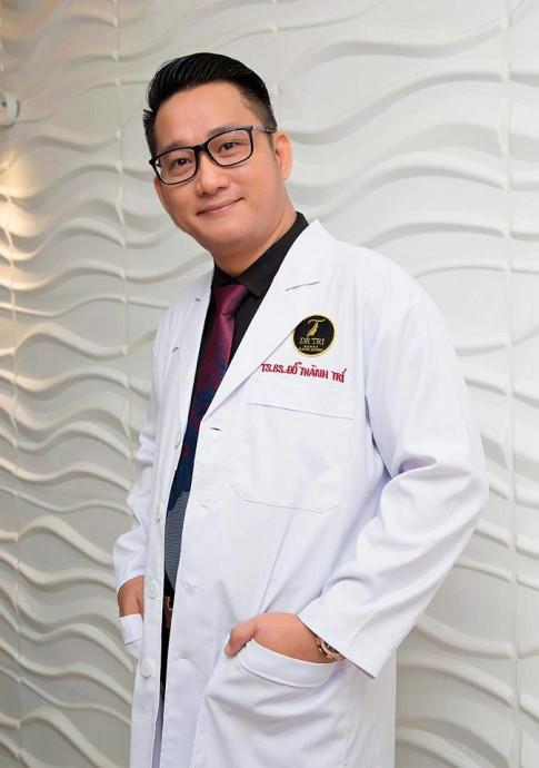 Bác sĩ phẫu thuật cho Lệ Rơi: 'Thấy Tùng Sơn làm đẹp quá nên Lệ Rơi tìm đến tôi'