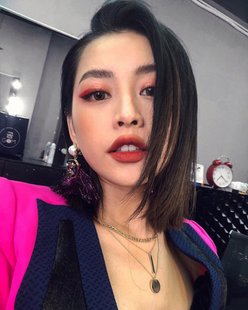 Chi Pu bat ngo hoa 'Joker' voi mot son moi lem cua nang hot girl so 1 Han Quoc - Park Sora